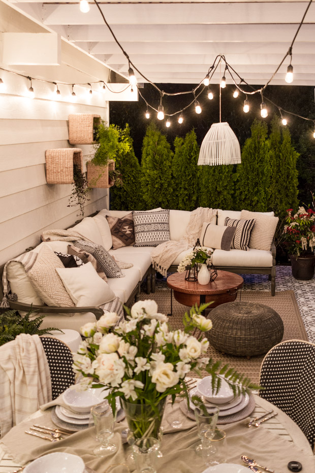 18 Gorgeous DIY Outdoor Decor Ideas For Patios, Porches ... on Backyard Garden Decor id=71885