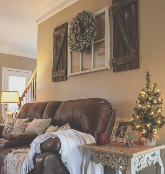 Decorating A Living Room Wall: 15 Gorgeous Farmhouse Decor Ideas For Your Living Room