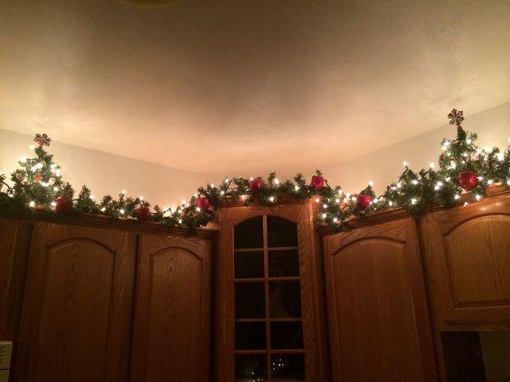 20 Dazzling Christmas Decor Ideas | The Unlikely Hostess
