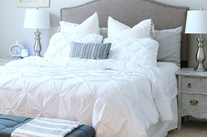 12 Cozy & Inviting Guest Bedroom Ideas