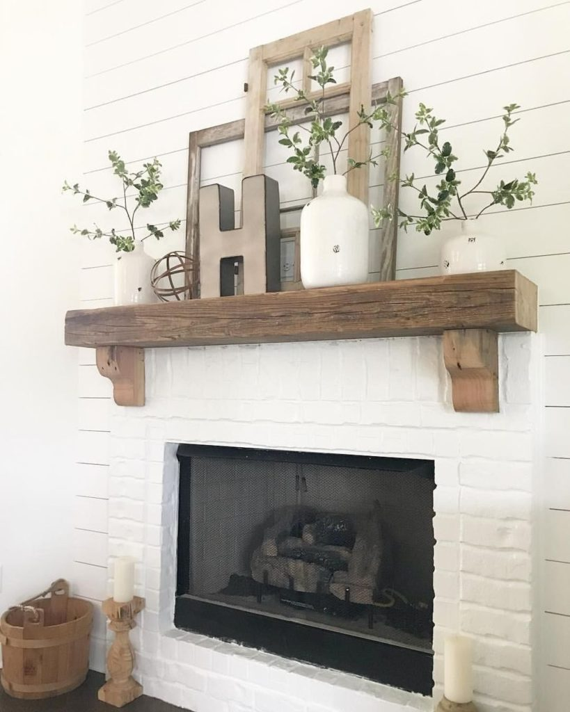 11 Mantel Decor Ideas With Farmhouse Style | The Unlikely ...